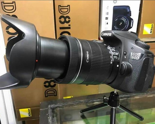 60D WITH 18-135