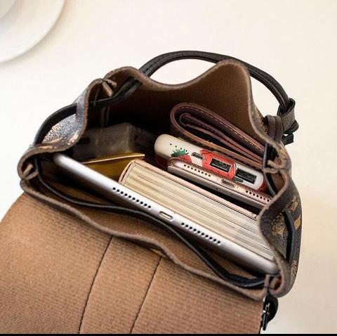 Ladies bag pack